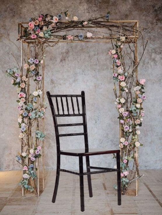 The SeatCo Chiavari Chair Bar